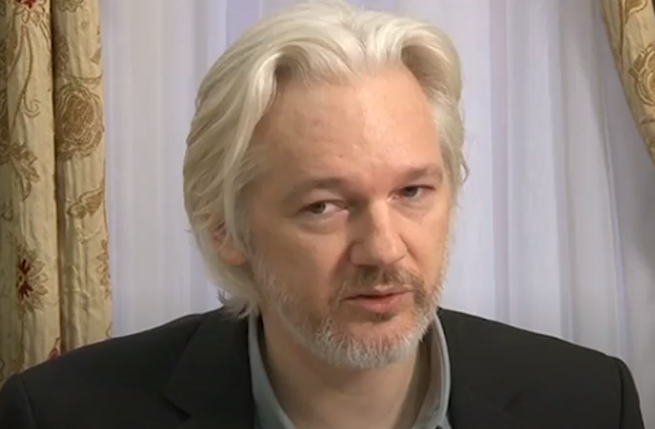 'Julian Assange 'could die in prison without urgent medical care', doctors warn' (The Independent)